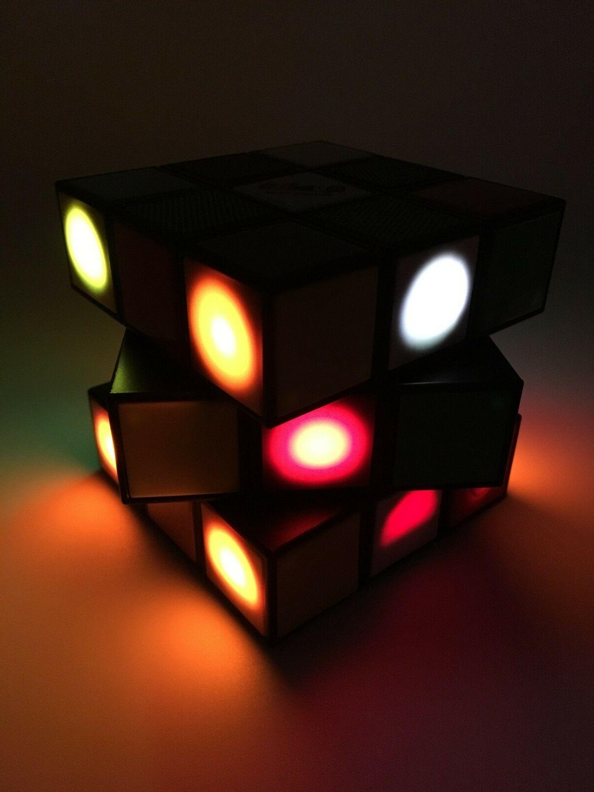 Vivitar Rubiks Style-Rotate-LightUP-Rechargeable Battery